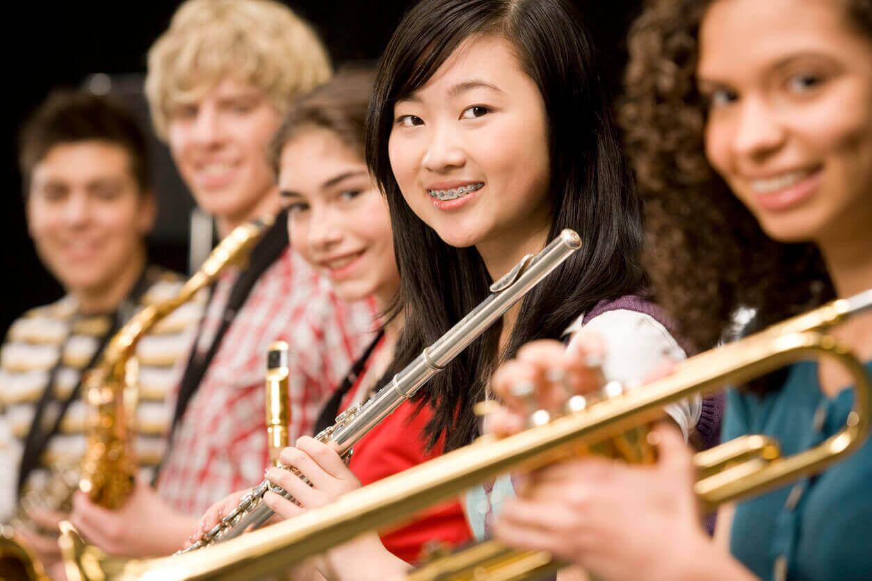 Kollari Institute of Music - Ensembles, Junior String Ensembles, Senior String Ensembles, Choir, Jazz,Classical & chamber Music, Rock Band